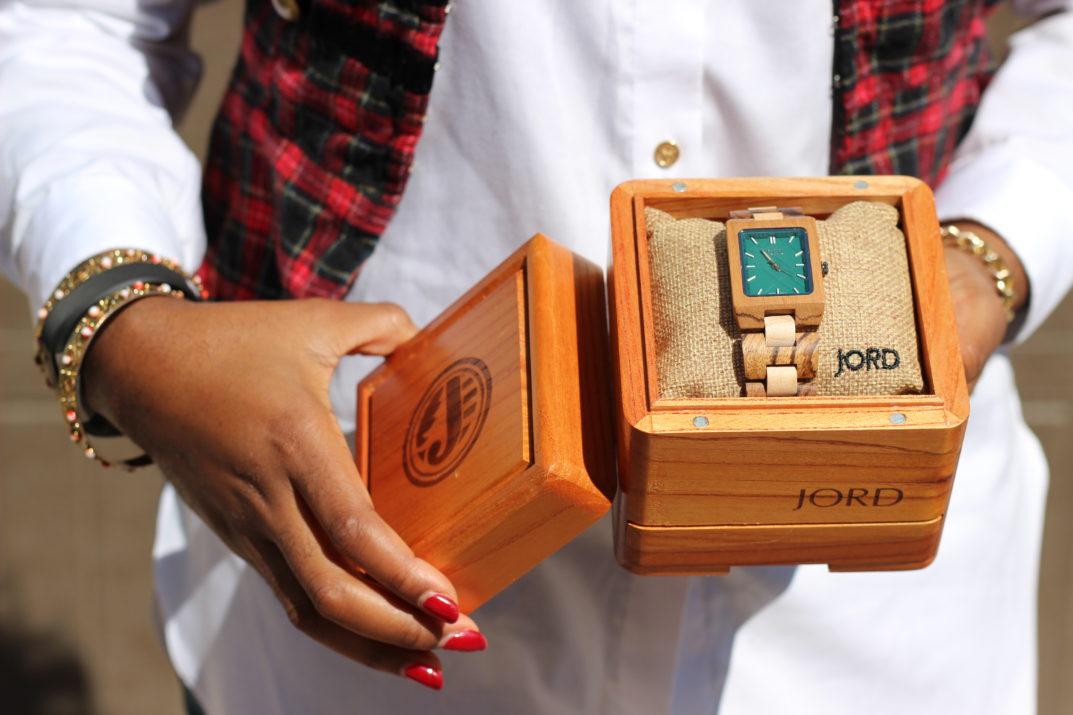 Chigi's World Springing in the new season JORD Wood Watch Reece Series Zebrawood and Emerald Cool Watch Unique Watch Timepiece