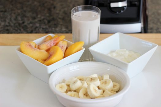 Healthy Breakfast Recipes On The Go – Banana Peach Smoothie